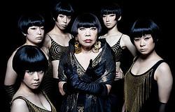 74歳のコシノジュンコがアイドルグループ「BiS」に正式加入