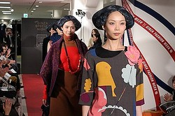 ミナ・ ペルホネン松屋銀座でファッションショー 関東では初