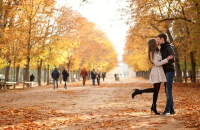 [画像] 秋は「恋できない」季節と判明!それでもモテる3つのテク