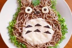 ジブリ好きにはたまらないレシピ♪とろろそばならぬ「トトロそば」!