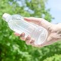 水分補給は基本中の基本。喉が渇く前に、コップ1杯程度をこまめに飲む