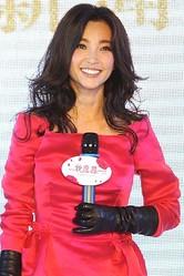 映画『バイオハザードV リトリビューション』に出演した、中国女優リー・ビンビン。尖閣問題によってプロモーション来日を止め、本国で勇敢な女性と称賛を浴びている。そんなビンビンは、恋愛でもこだわりがあるようだ。(写真は「CNSPHOTO」提供)