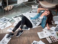 セレーナ・ゴメス、adidasネオレーベルのゲストデザイナーに就任
