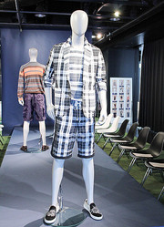 若手メンズ2ブランドが合同インスタレーション開催 「ターク」「ダブレット」