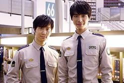 """左から鈴木達央、福士蒼汰 ©2015""""Library Wars -LM-""""Movie Project"""