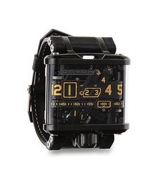 ベルトコンベアに着想得たガジェット系腕時計上陸 価格は約200万円