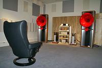 1階のステレオ視聴室B