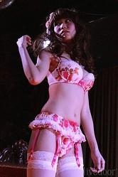 【花シフォン】シリーズ モデル:広野ミナ