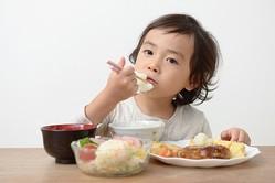 好き嫌いも克服できる!? 「子どもが喜ぶスプーン&フォーク」7選