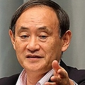 菅義偉官房長官は安田氏について「拘束されたことについては、政府として確認していない」と述べた