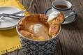 スプーンで食べるスタイルが斬新!シフォンケーキをよりカジュアルに味わえる