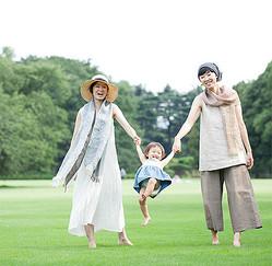 かぐれ、真木テキスタイルスタジオ「いとおしい布」を展示・販売