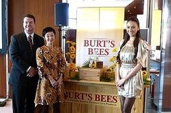 バーツビーズが日本初のスキンケアシリーズ発売、トークショーに道端カレン