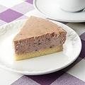 上里サービスエリア上り線、限定販売「美里のブルーベリーチーズケーキ」(1260円)