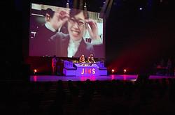 内定5名 ライブ感覚の会社説明会「JINS JAPAN TOUR」初開催