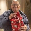 待ち望んだクリスマスプレゼント 手紙の主が判明し70年ぶりに届く