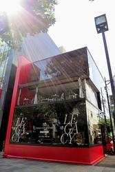 「COACH」ポップアップストア&カフェが表参道モントークに出現