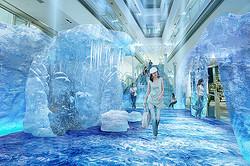 表参道ヒルズの大階段が南極に?氷と雪のクールスポット出現
