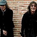 AC/DC引退か メンバーが重篤状態
