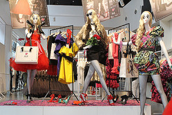 ついに発売 Lanvin for H&Mに行列