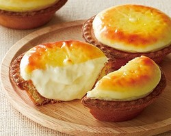 人気の焼き立てチーズタルト専門店「BAKE」が池袋駅に登場!