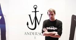 ロエベ、新デザイナーに29歳のJWアンダーソンを抜擢