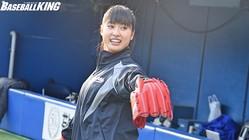 ロッテの開幕戦で始球式を務めた女優・土屋太鳳さん