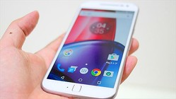 ガラケー+スマホを実現する2枚SIM待ち受け対応! Google準拠のMoto G4 Plus
