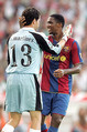 """エトーにとってラシンとは過去5試合で5ゴールと愛称がいいはずだった。ノーゴール。笑っている場合ではないだろう・・・。 (Photo by B.O.S.)  リーガ・エスパニョーラ第1節 ラシン・サンタンデール <a href=""""http://sports.livedoor.com/football/europe/live?gid=1073"""">0−0</a> バルセロナ [07年8月26日 エル・サルディネーロ (サンタンデール)]  ・<a href=""""http://news.livedoor.com/article/detail/3282043/"""">レアル・マドリー、王者の風格で開幕戦を逆転勝利</a> - 試合レポート ・<a href=""""http://news.livedoor.com/article/detail/3282798/"""">バルサ、失望のドロー発進。""""クアトロ・ファンタスティコス""""は不発</a> - 試合レポート"""