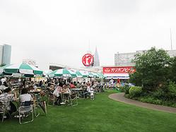 伊勢丹新宿店の屋上で沖縄風ビアガーデン オリオンビール提供