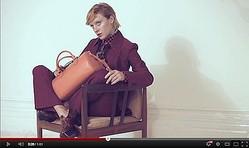 【動画】MIU MIU広告塔クロエ・セヴィニー出演した新作ムービー