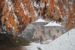 ここは日本…!?埼玉県の飯能市にあるムーミン谷のような公園の雪景色が北欧っぽい