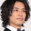 斎藤工の「ナンパ目撃談」多発か 有名写真家のパーティーで声をかける姿?