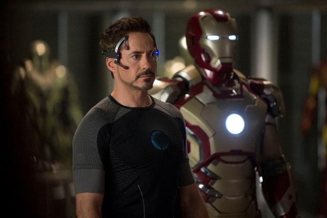 『アイアンマン3』 (c) 2012 MVLFFLLC. TM & (c) 2012 Marvel. All Rights Reserved.