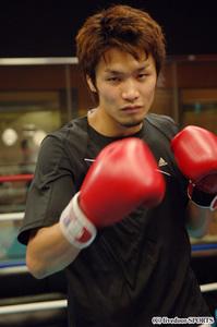 判定もしくはKOでも圧倒的な勝利を目指すと語った佐藤