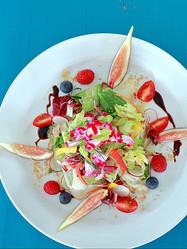 """食べられるお花""""エディブルフラワー""""を使った彩りメニュー♪いつもの食卓を特別にしよう"""