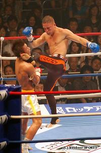 魔裟斗、最後に落し穴!準決勝に散る/K-1 MAX
