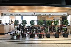 渋谷ヒカリエ11階に予約の取れないシェフの店「THE THEATER TABLE」