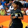 アルゼンチン4部リーグで女性副審に暴行か 選手が判定に異議