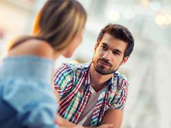 心理カウンセラーが教える。ウソつき彼氏がしがちな仕草
