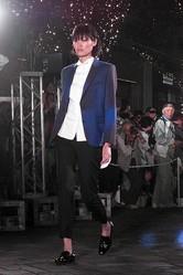 夜の丸の内仲通りで16ショップがランウェイショー 日本のファッションを世界へ発信