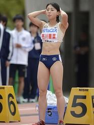 女子100mの市川華菜 (photo by Takamitsu MIFUNE/PHOTO KISHIMOTO)  [2012年4月29日 広島広域公園陸上競技場/広島/日本]