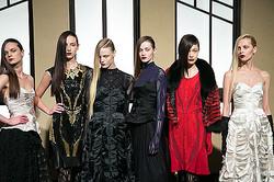 【ファッションウィーク5日目】東京ウィメンズデザイナーのリッチなワードローブ