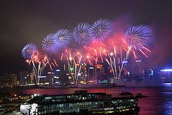 """年に一度、香港が""""200万ドルの夜景""""にパワーアップする日がある!"""