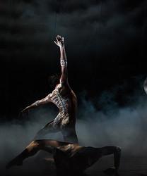 リカルド・ティッシ、オペラ座公演「ボレロ」衣装をデザイン