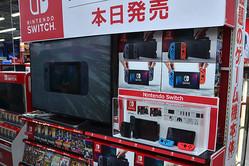 当日販売分を用意した家電量販店も、発売から数時間で在庫切れとなった「Nintendo Switch」。次回の入荷は未定