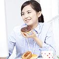 うわ、カラダに悪そう〜! 「不健康そうだと思う女性の食生活」5選