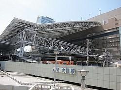 JR大阪三越伊勢丹・ルクアに初日50万人が来店