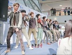 韓国出身のボーカル&ダンスApeace、オリコンデイリーチャート3位獲得!