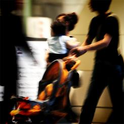 日本では、加害者に更正プログラムを受けさせる法的な強制力がない。(イメージ写真:東雲吾衣)